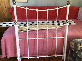 White metal single bed frame vgc