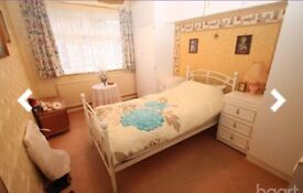 1 BED HOUSE, PARKING CENTRAL HEATING GARDENS BUNGALOW