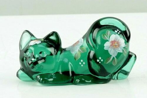 Fenton Glass Crouching Cat Figurine Green Hand Painted Signed Floral Art