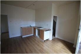 Ground Floor, One Bedroom Flat - Newly Renovated - Eleanor Street, Hillhouse, HD1