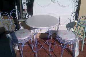Funky Steam Punk iron ice cream parlor table & chairs