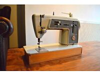 Antique Vintage Singer 661 G 1960s Steel Sewing Machine,Foot Pedal,Pine Case