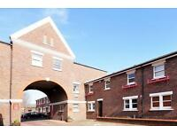 Lockesfield Place***Gated Property***Parking***DLR Access***Large Size House***