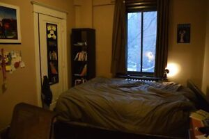 4-bedroom, 2-bathroom apartment in the McGill ghetto