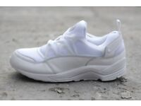 SIZE UK 9 Nike Huarache Air Light with premium lunarlon sole