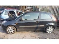 2006 FORD FIESTA 1.4 petrol 3 door in PANTHER BLACK - BREAKING FOR PARTS -PARTS FOR SALE - postage