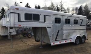 2  Horse Slant Load Trailer