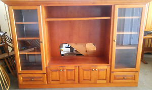 Solid Oak TV Entertainment Cabinet Unit
