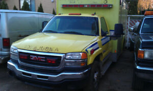 GMC sierra 3500 ambulance 2005