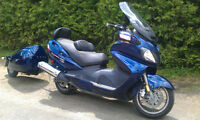 Moto Suzuki BURGMAN EXECUTIVE 650