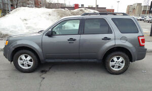 2011 Ford Escape XLT, V6* Comme neuf* Cuir/leather* 46,000 Km