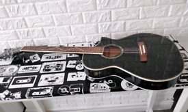 Lindo electro acoustic guitar slim with issues may px