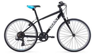 Vélo junior GIANT ESCAPE POUR 7@12 comme neuf