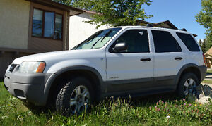 2002 Ford Escape XLT SUV -Needs Work
