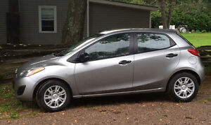 2012 Mazda Mazda2 Hatchback- Comes Certified and E-tested! Peterborough Peterborough Area image 2