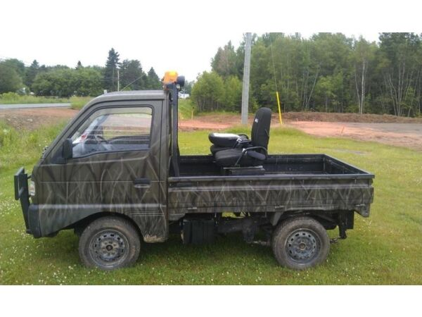 Used 1992 Suzuki 1992 Susuki Carry mini truck (camo)