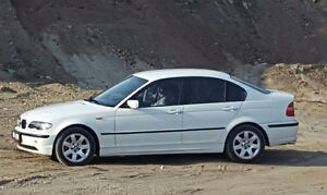 2002 BMW 3-Series Xi Sedan