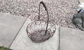 Iron garden gand basket cool unusual