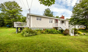 Cozy & Sweet Home in Convenient Location - 3BDR