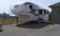 Chaparral 278RLDS Fifth Wheel