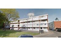5 bedroom flat in Holybourne Avenue, Roehampton, SW1