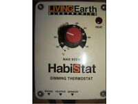 Habistat dimming thermostat