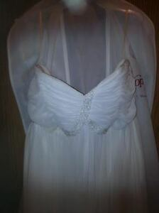 White strapless wedding dress with shawl and shoes $130