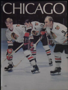 CHICAGO BLACKHAWKS HOCKEY ALBUM