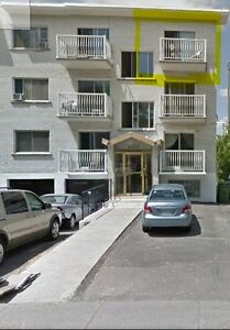 4 1/2 Montreal - great location