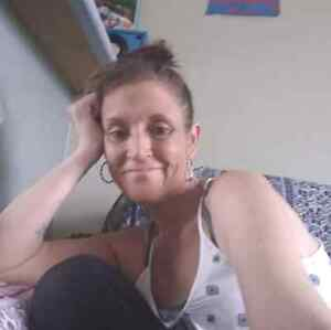 39yr old female,in urgent need of a granny flat,unit or house Unanderra Wollongong Area Preview
