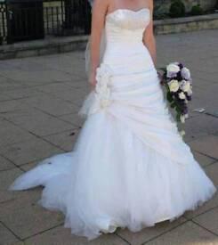 Ronald Joyce Livia wedding dress