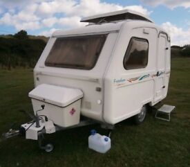 FREEDOM MICROLITE SPORT 3 BERTH COMPACT LIGHTWEIGHT TOURING CARAVAN LOTS OF EXTRAS READY FOR EASTER