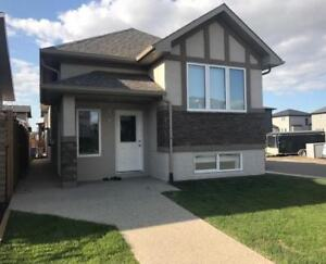 3 bedroom 2 bath with garage in a new and modern house.
