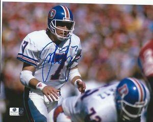 JOHN ELWAY Signed Denver Broncos NHL 8x10 Football Photo GA-COA