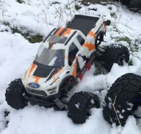 Traxxas Stampede 4x4 VXL w/with MAX 10 SCT ESC
