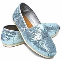 TOMS Limited Edition BLUE GLITTER Size 8 Oatley Hurstville Area Preview
