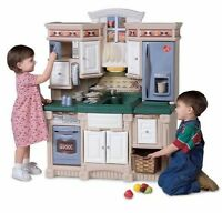 Step2 LifeStyle Play Dream Kitchen Makes Noise New dishes/pots!