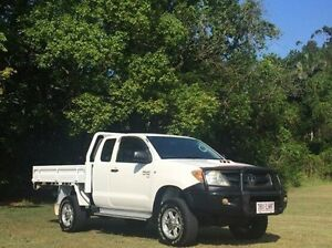 2006 Toyota Hilux KUN26R MY07 SR Xtra Cab White 5 Speed Manual Cab Chassis Albion Brisbane North East Preview