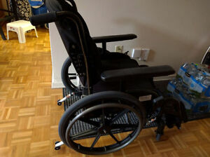 Wheelchair Buy 559$ in year 2013 in Montréal