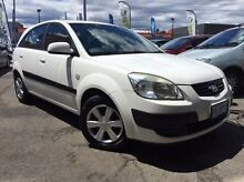 2007 Kia Rio JB MY07 LX White 5 Speed Manual Hatchback Launceston 7250 Launceston Area Preview