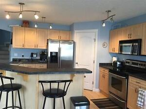 REDUCED!!! Feels Like New! Make This Your Home! Edmonton Edmonton Area image 4