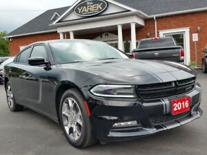 2016 Dodge Charger SXT AWD, Heated Seats, NAV, Sunroof, Remote S
