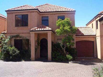 SCARBOROUGH 4 BEDROOM FURNISHED for RENT - OPEN SUNDAY 12 to 1pm