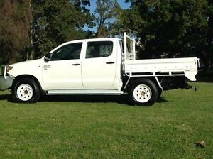 2006 Toyota Hilux KUN26R MY07 SR White 5 Speed Manual Utility Albion Brisbane North East Preview