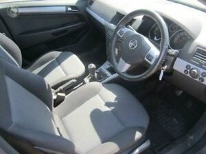2006 Holden Astra AH MY06.5 CDTi Grey 6 Speed Manual Hatchback Melton Melton Area Preview