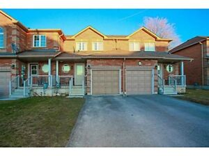 3 BEDROOM TOWNHOUSE FOR RENT IN BARRIE $1700/mo