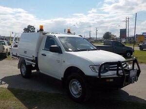 2009 Mitsubishi Triton White Manual Cab Chassis Pakenham Cardinia Area Preview