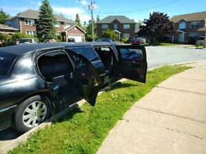 2004 Royal Stretch Limo 8 Passenger