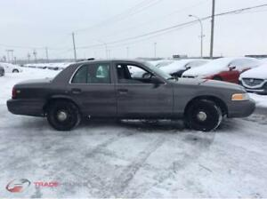 2009 Ford Crown Victoria BERLINE**TEL 514 439 2991**