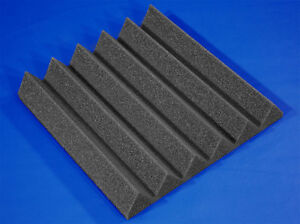 24 wedge foam panels new / 24 tuiles acoustique neuves